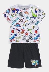 Converse - SET - Print T-shirt - black - 0