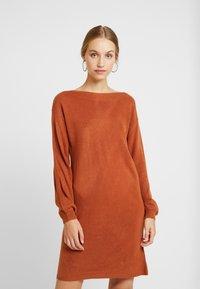 ONLY - ONLJESSIE BOATNECK DRESS - Jumper dress - ginger bread - 0