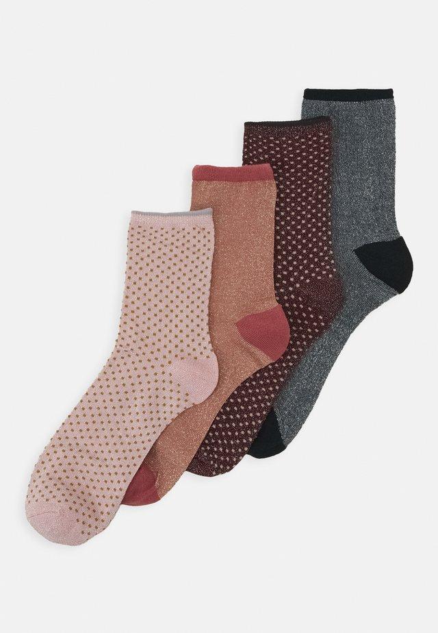 DINA  4 PACK - Ponožky - desert sand