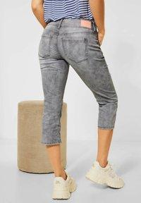 Street One - CASUAL FIT  - Slim fit jeans - grau - 1