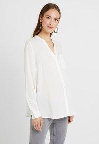 Zalando Essentials Maternity - Košile - off-white - 0