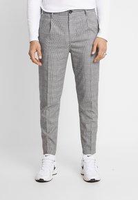 Cotton On - OXFORD - Kalhoty - black prince of wales - 0