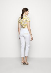 Versace Jeans Couture - Slim fit jeans - white - 2