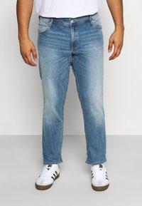 Jack & Jones - JJIGLENN JJORIGINAL - Straight leg jeans - blue denim - 0
