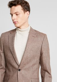 Shelby & Sons - CRANBROOK SUIT - Traje - light brown - 9