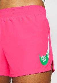 Nike Performance - SHORT - Pantalón corto de deporte - hyper pink/lucky green - 4