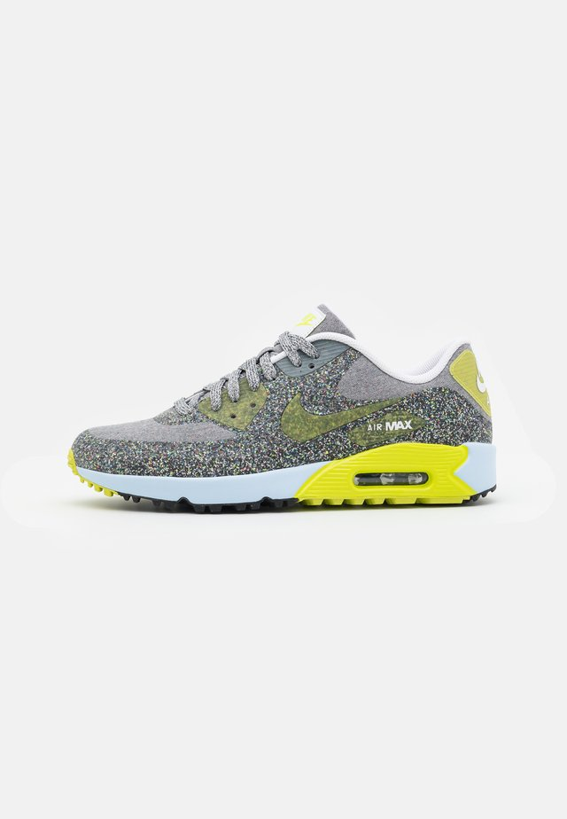 THE MASTERS SPACE HIPPIE AIR MAX 90 G NRG M21 - Obuwie do golfa - white/cyber/dust/black