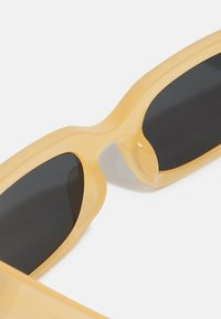 Vintage Supply - CHUNKY UNISEX - Sunglasses - beige - 2
