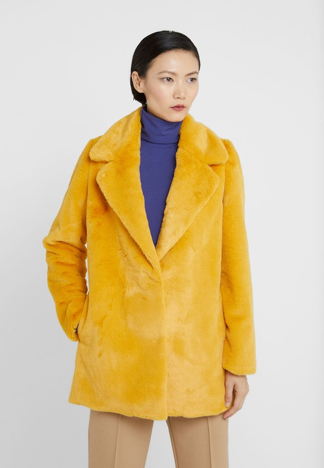 CECILE JACKET - Winter jacket - yellow