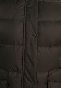 Marc O'Polo - COAT LONG FILLED HOOD FLAP POCKETS - Down coat - dark chocolate - 4
