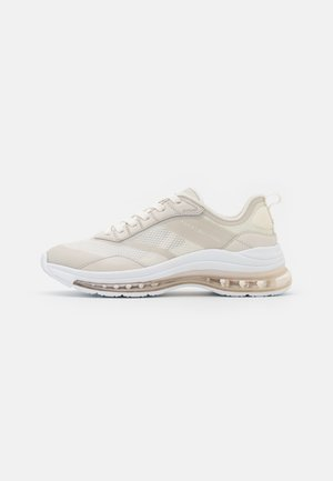 CITY AIR RUNNER MIX - Sneakersy niskie - white