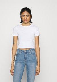 Topshop - EVERYDAY TEE 3 PACK - Print T-shirt - black/white/grey - 2