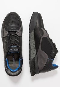 Replay - SANDOVAL - Sneakersy niskie - black/grey - 1
