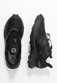 Salomon - SUPERCROSS BLAST GTX - Trail running shoes - black - 1