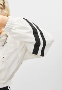 Bershka - Summer jacket - white - 3
