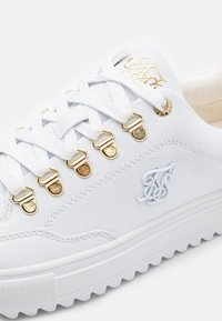 SIKSILK - GRAVITY - Sneakers laag - white - 5