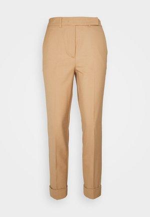 AMATO - Spodnie materiałowe - cammello