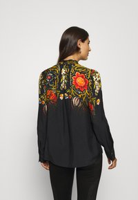 Desigual - BLUS LAUREN DESIGNED BY MR CHRISTIAN LACROIX - Bluzka - black - 2
