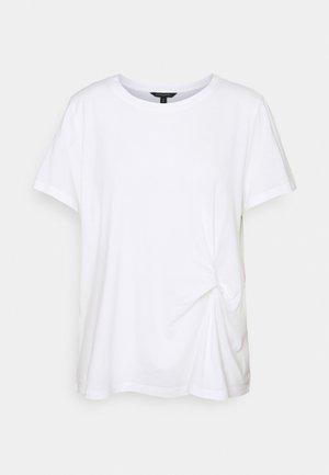 PLEAT FRONT - Basic T-shirt - white