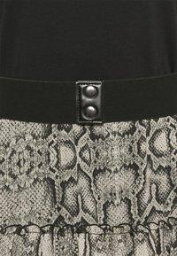 Liu Jo Jeans - ABITO UNITA - Day dress - natural - 2