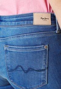 Pepe Jeans - LOLA ZIP - Skinny džíny - denim - 4