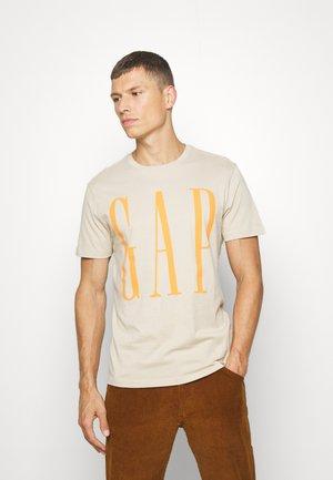 CORP LOGO - Print T-shirt - sand