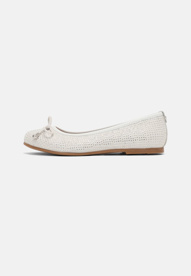 BALLET - Ballet pumps - off white