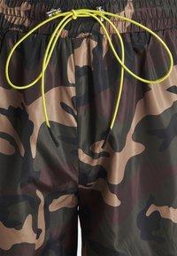 Mennace - CAMO PULL ON - Shorts - khaki - 5