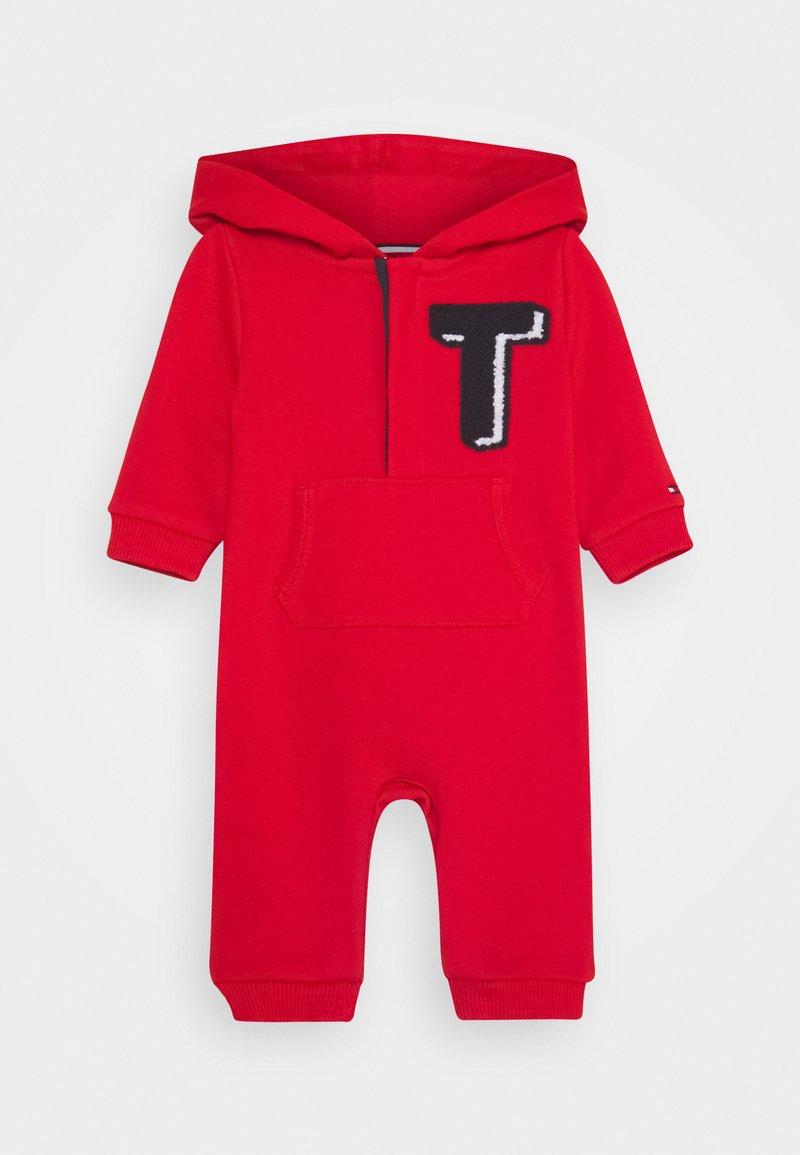 Tommy Hilfiger - BABY HOODIE COVERALL - Dupačky na spaní - red