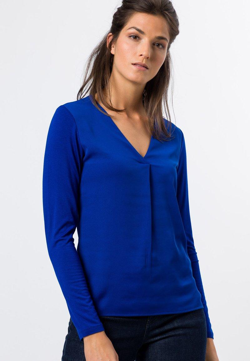 zero - MIT V-AUSSCHNITT - Blouse - true blue