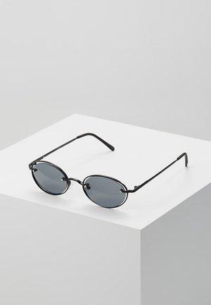 Okulary przeciwsłoneczne - matt black/smoke