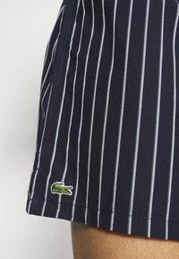 Lacoste - 3 PACK - Boxer shorts - idaho green/white/navy blue - 5