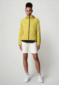 Napapijri - A-CIRCULAR - Light jacket - yellow moss - 1