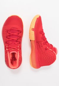 Under Armour - Basketball shoes - red/glow orange/black - 1