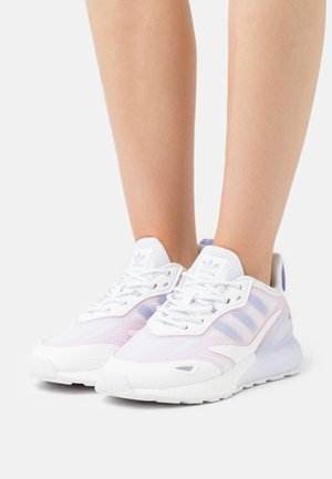 ZX 2K BOOST 2.0  - Matalavartiset tennarit - footwear white/violet tone/clear pink