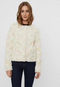 Vero Moda - Light jacket - birch - 0