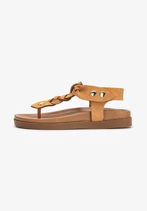T-bar sandals - nb coconut ucc