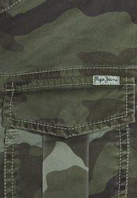 Pepe Jeans - MARLOW CAMO - Lett jakke - palm green - 2