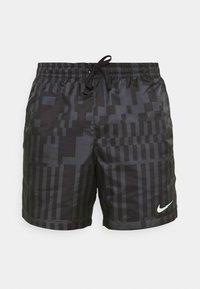 ZIGZAG FLOW - Shorts - black