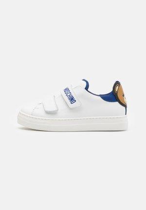 UNISEX - Matalavartiset tennarit - white/blue