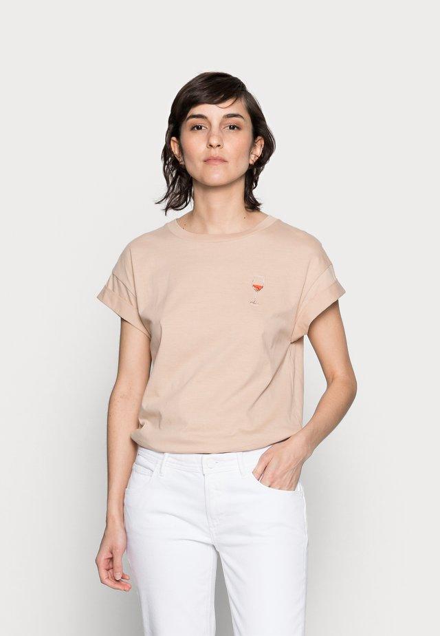 BOYFRIEND COLOURED SPARKLE SHIRT - T-shirts print - white coffee