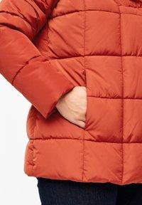 Triangle - MIT SCHALKRAGEN - Winter jacket - orange - 3