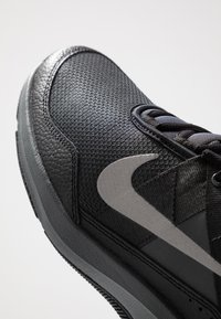 Nike Performance - AIR MAX ALPHA TRAINER 2 - Sports shoes - black/anthracite - 5