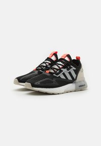 adidas Originals - ZX 2K BOOST UNISEX - Sneakers basse - core black/clear onix/clear brown - 3
