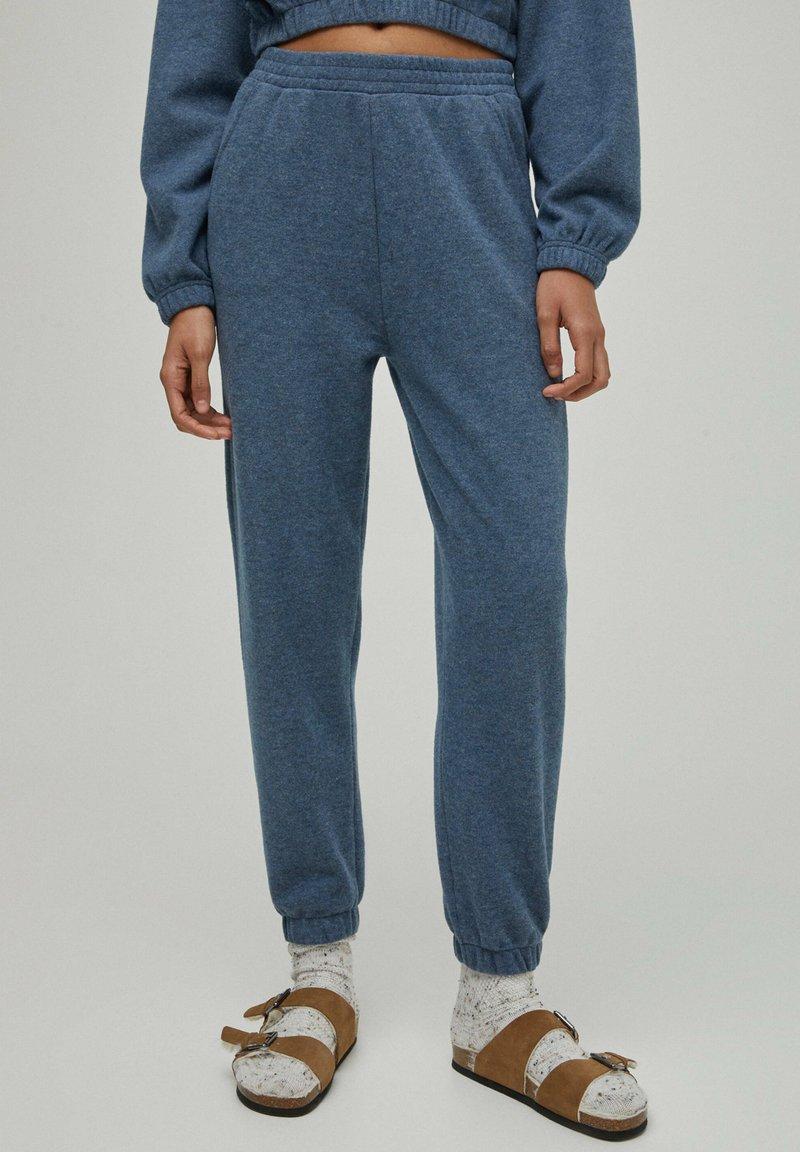 PULL&BEAR - Tracksuit bottoms - light blue