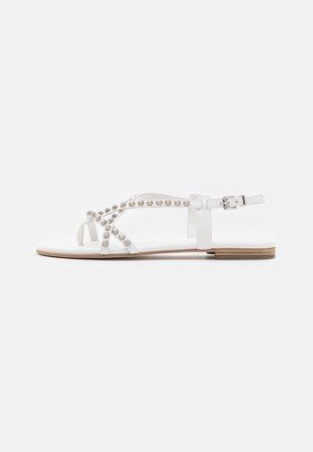 ELLE - T-bar sandals - milk/silver