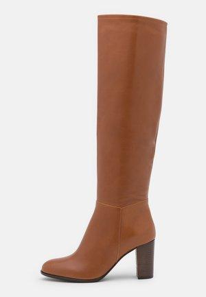 AULITA - Boots - camel