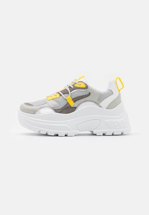 CAMMIE CHUNKY TRAINER - Sneakers laag - grey