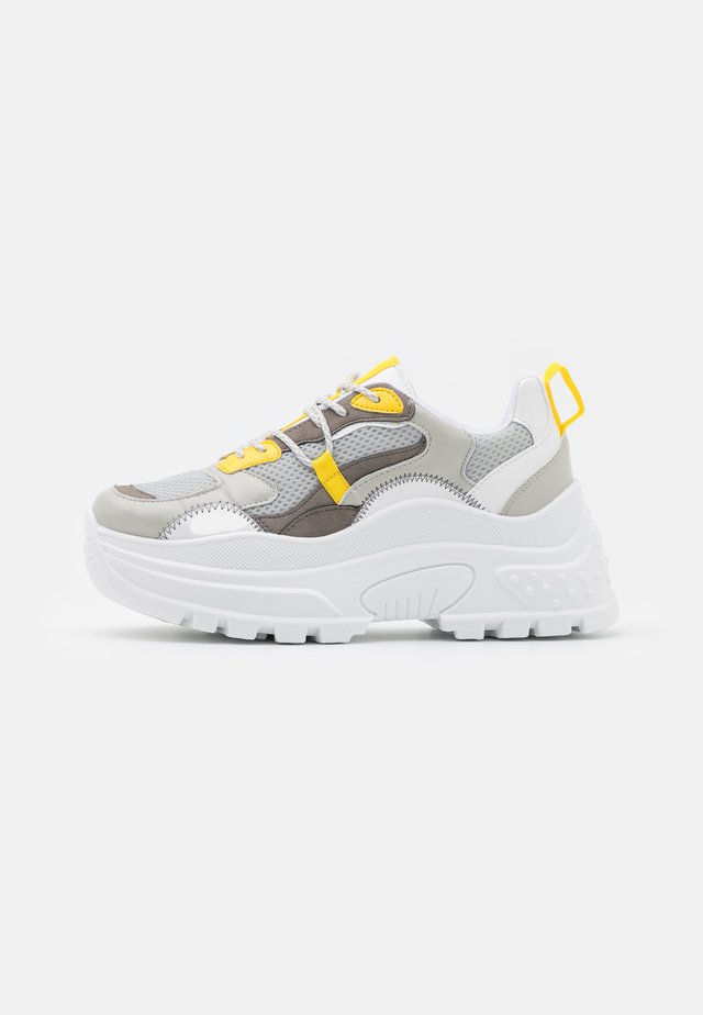 CAMMIE CHUNKY TRAINER - Baskets basses - grey