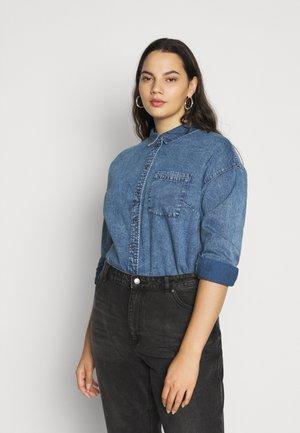 CARANOLO LIFE - Skjorte - medium blue denim